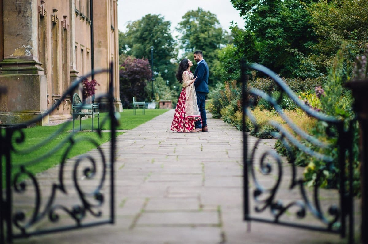 himley hall pre wedding shoot