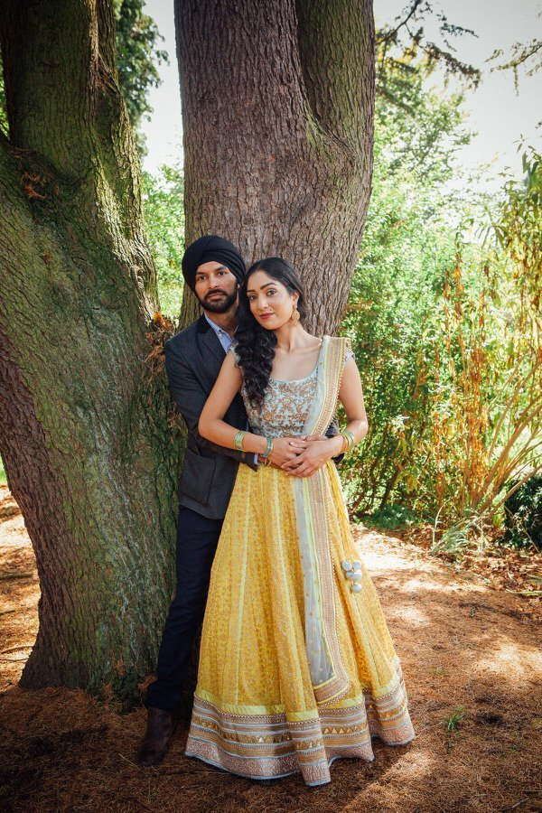 pre-wedding-shoot-in-botanical-gardens