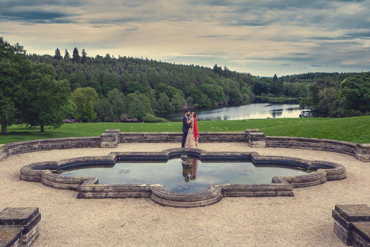 wedding photography at osmaston park